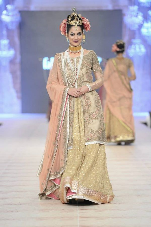 PFDC-L'Oreal-Paris-Bridal-Week-Fahad-Hussayn-Collection (25)