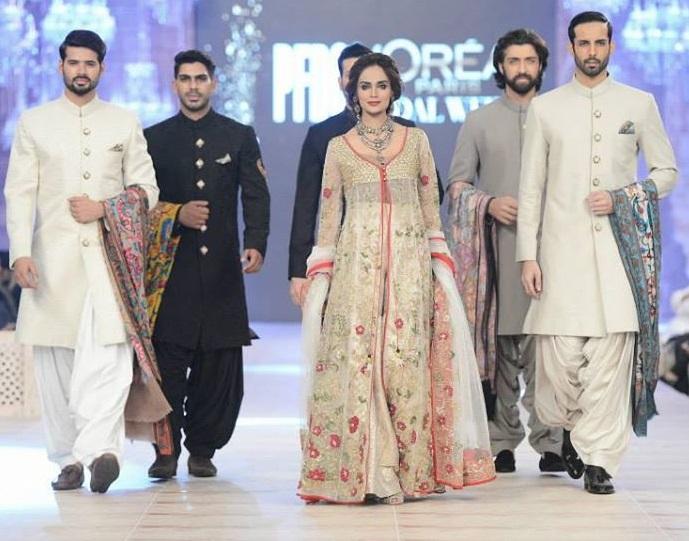 Zara shahjahan party wear dresses at pfdc l 39 oreal paris bridal week - Zara paris collection ...