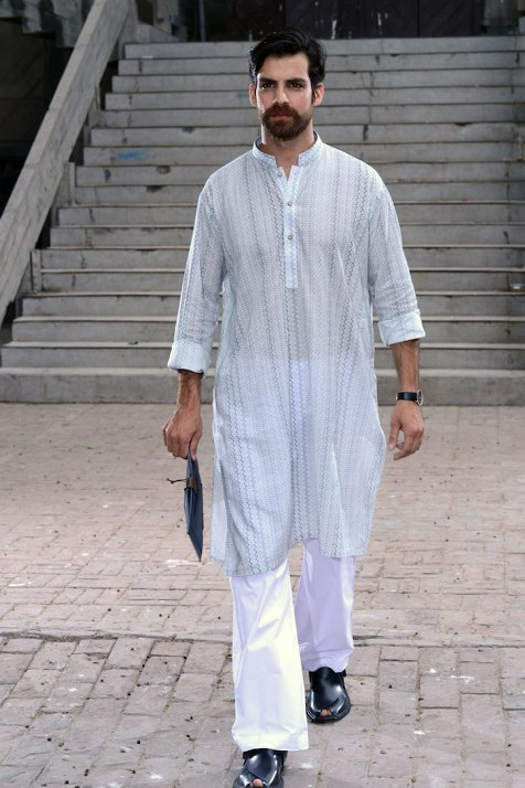 Alkaram-Studio-winter-kurta-collection-for-men (10)