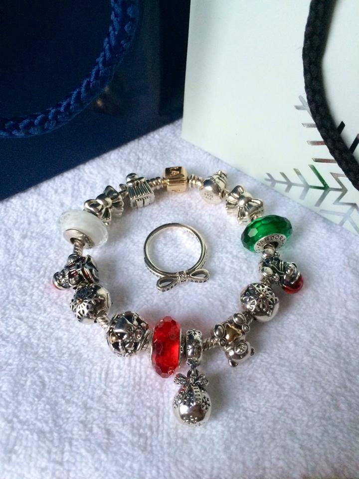 Pandora-Christmas-Jewellery-Collection (22)