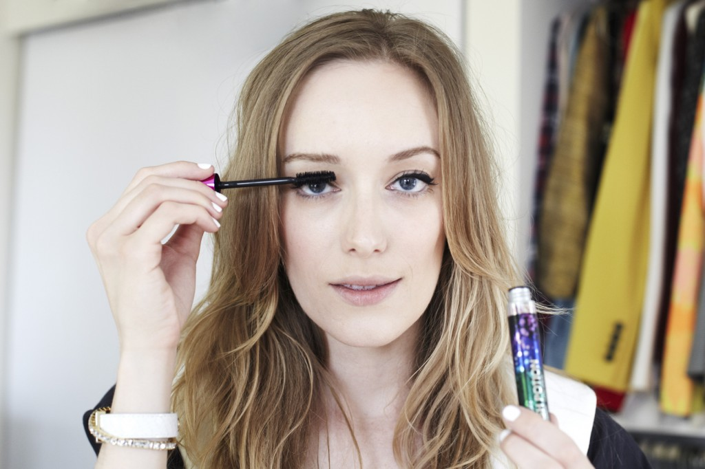 how-to-do-perfect-cat-eye-makeup-4