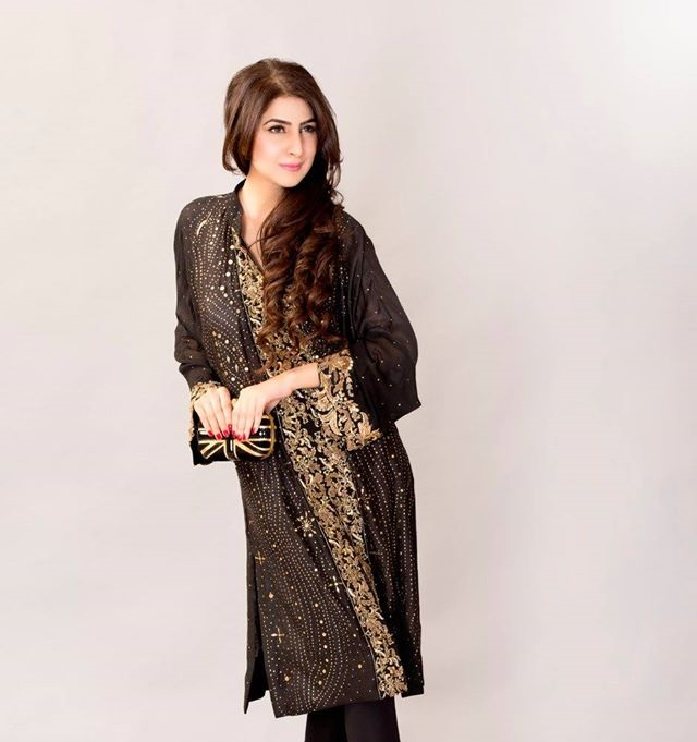 Ayesha-Somaya-Party-wear-winter-dresses-collection (24)