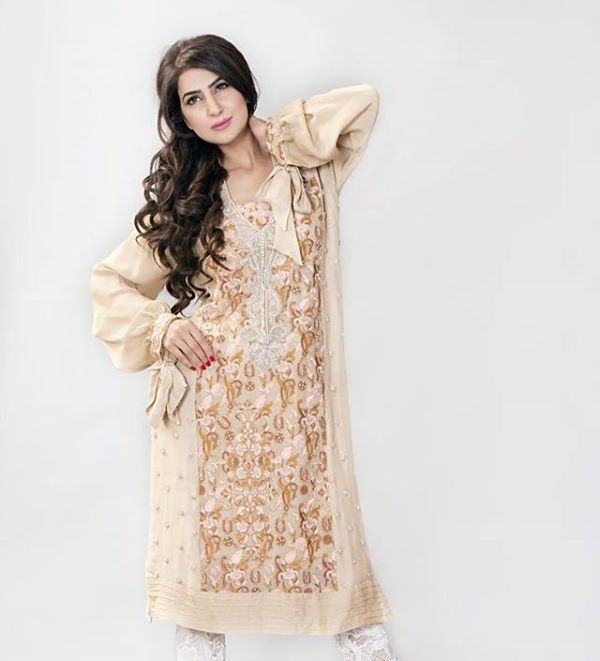 Ayesha-Somaya-Party-wear-winter-dresses-collection (31)
