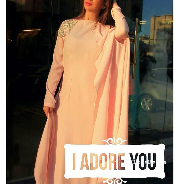 La-Reine-ready-to-wear-and-abaya-winter-collection (12)