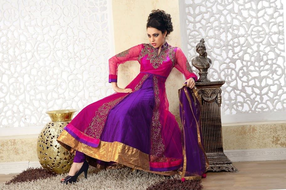 Saheli-couture-party-wear-indian-frocks-collection (10)