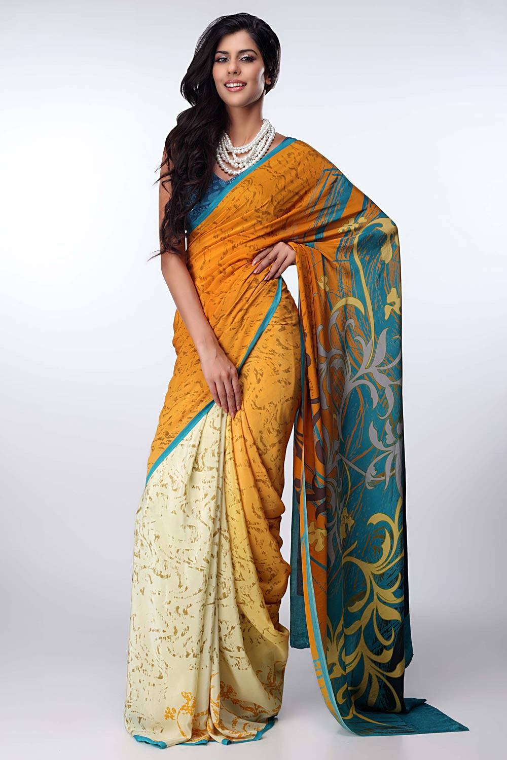 Fashion style Paul satya sarees collection for lady