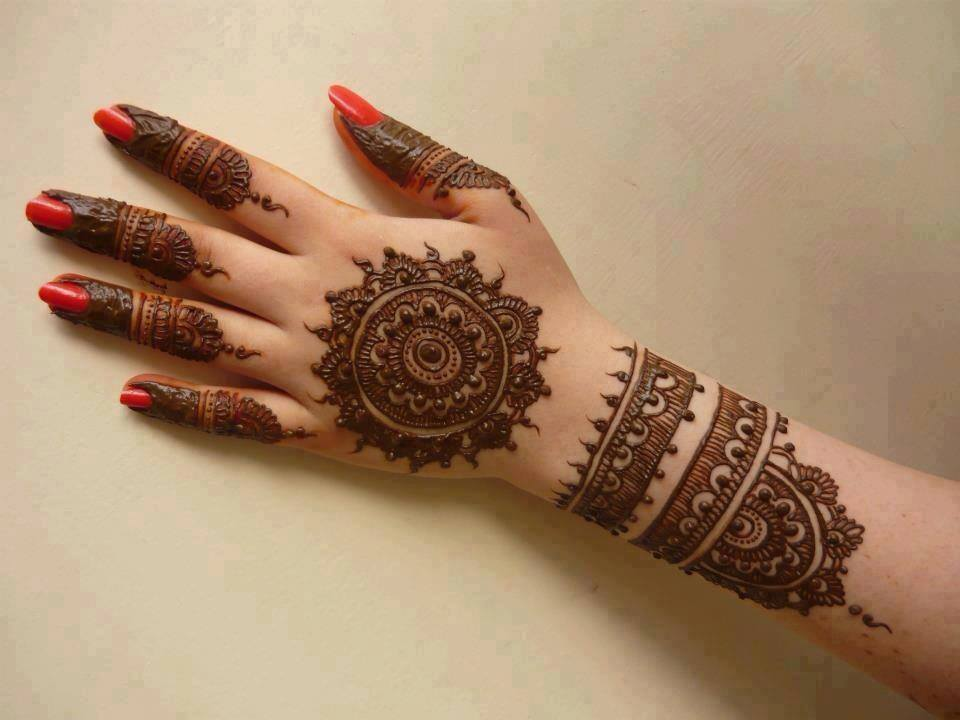 I Mehndi Hairstyles Dailymotion : Best gol tikka mehndi designs  to try on events