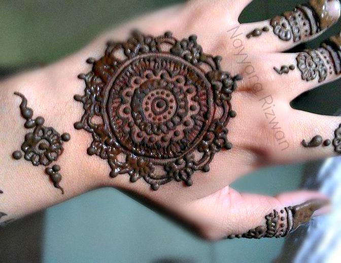 Gol-Tiki-Mehndi-designs (6)