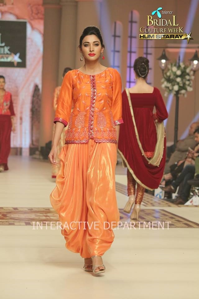 Hajra-Hayat-bridal-collection-at-telenor-bridal-couture-week (3)