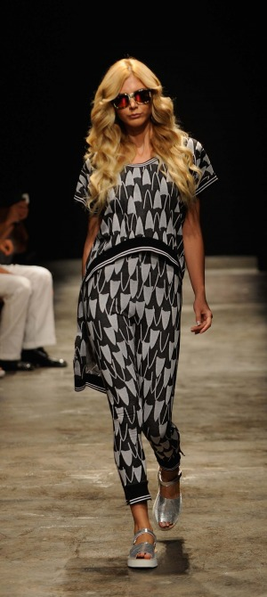 Onder-Ozkan-spring-summer-collection-at-mercedes-Benz-fashion-week (10)