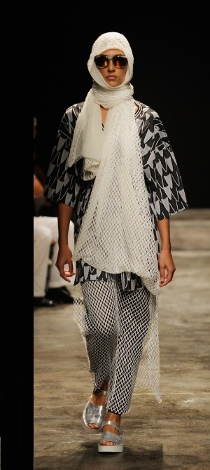 Onder-Ozkan-spring-summer-collection-at-mercedes-Benz-fashion-week (2)