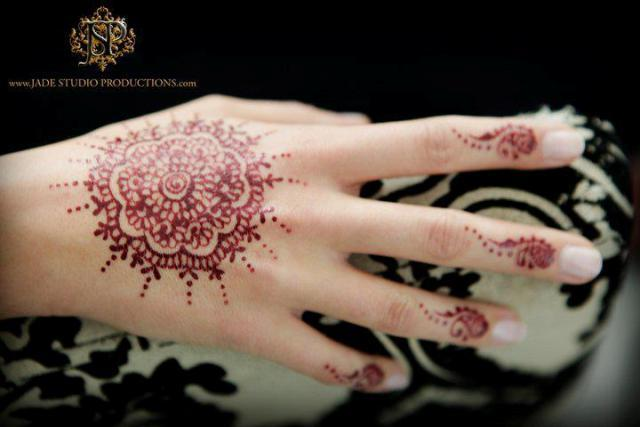 Round-Tikka-Mehndi-Designs (3)