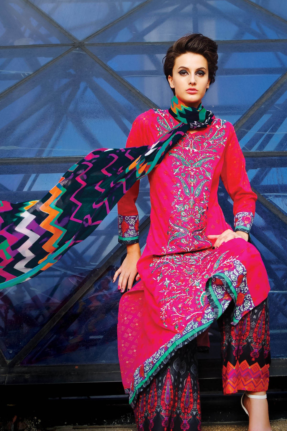 Alkaram-modern-geo-summer-collection-2015-2016 (1)