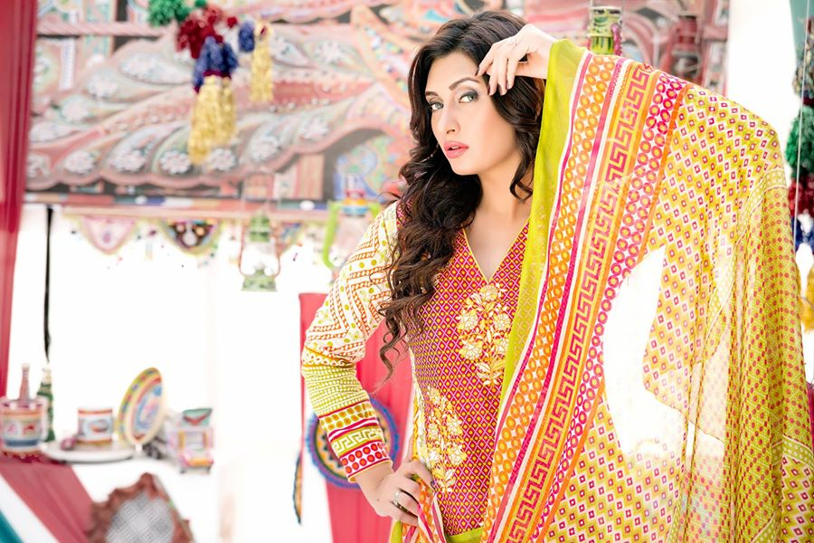 Amna-Ismail-spring-summer-lawn-2015 (15)
