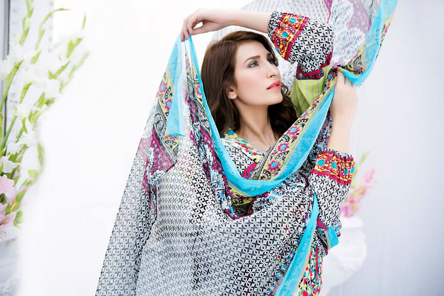 Amna-Ismail-spring-summer-lawn-2015 (3)