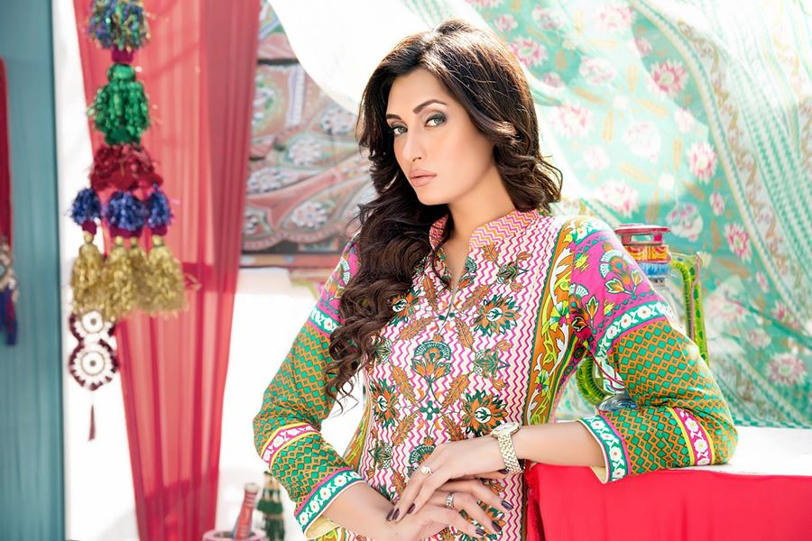 Amna-Ismail-spring-summer-lawn-2015 (36)