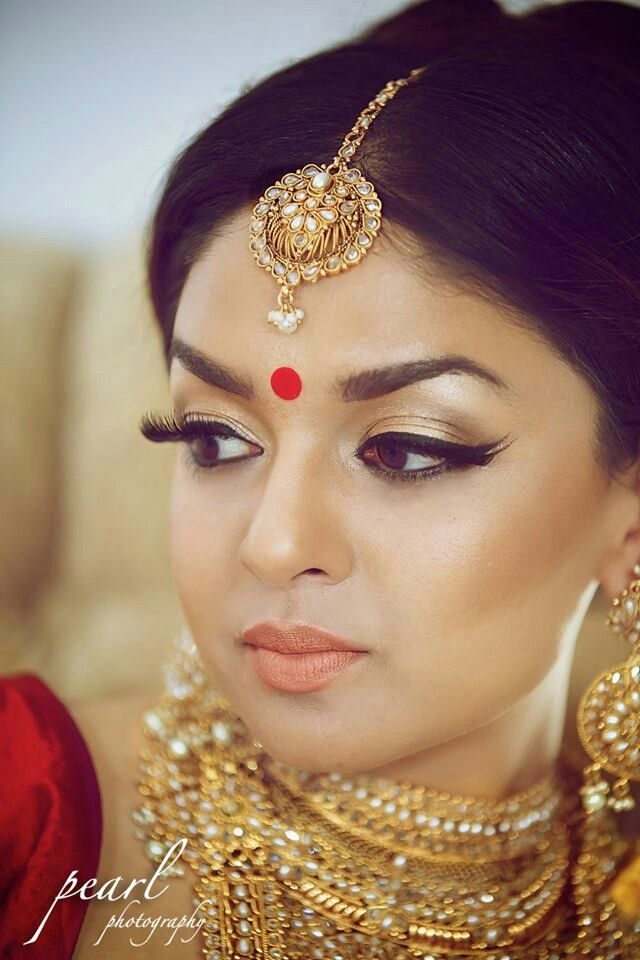 Easy Bridal Makeup Steps : Indian Bridal Makeup Tutorial with Pictures and Steps