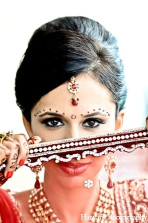 step6-(indian-bridal-makeup) (4)