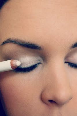 step7-Eyemakeup-(indian-bridal-makeup) (1)