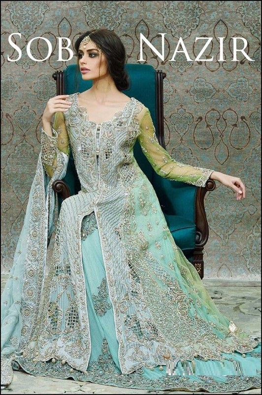 Beautiful-Maxi-Style-Dresses-in-Pakistan (24)