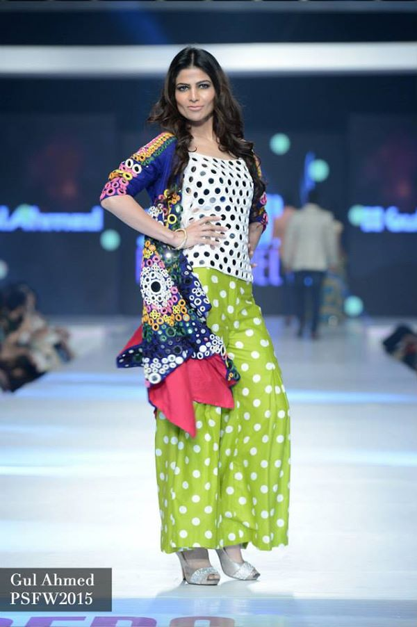 Gul-ahmed-Collection-at-PSFW-2015-2016 (2)