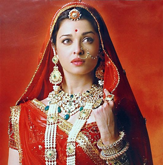 aishwarya rai in red bridal dress