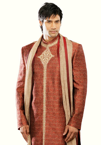 Indian-designer-wedding-wear-groom's-dresses (15)