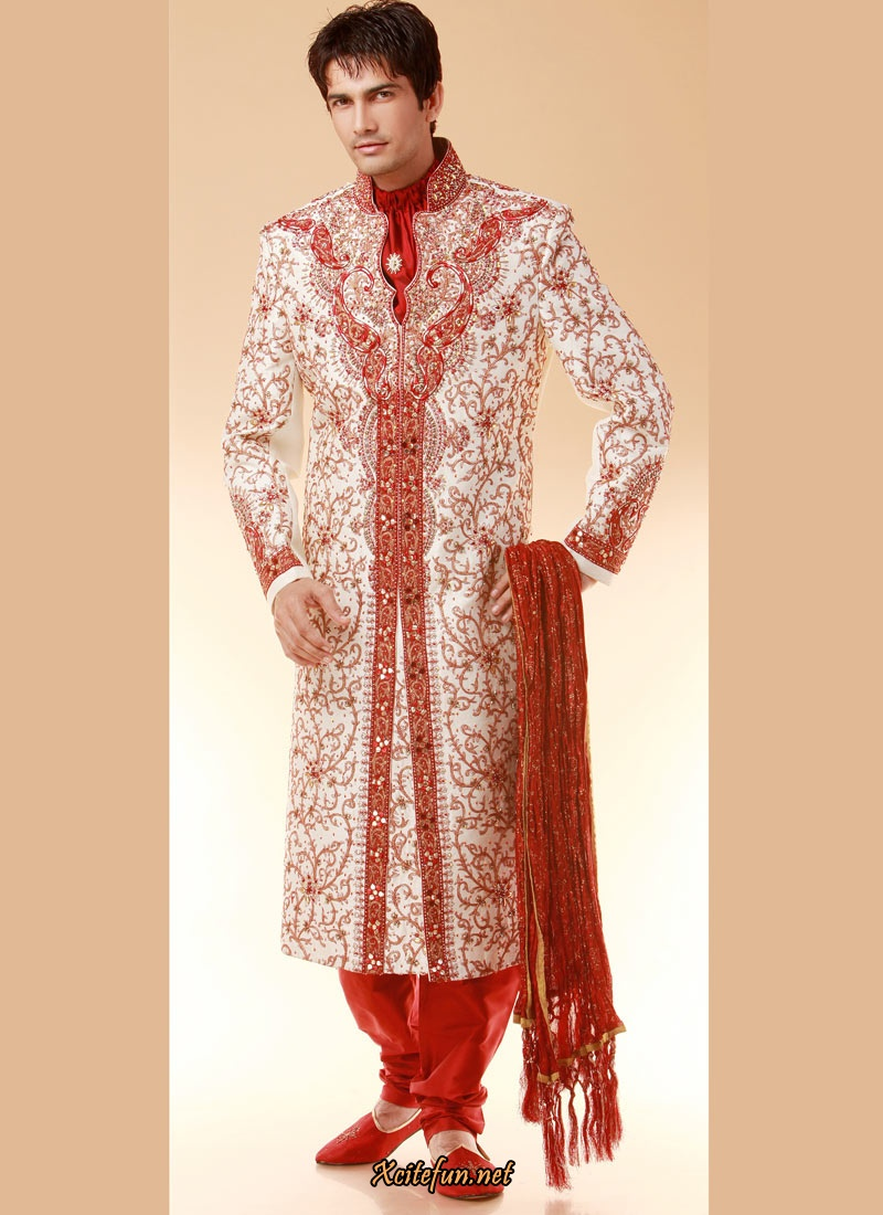 Indian-designer-wedding-wear-groom's-dresses (26)