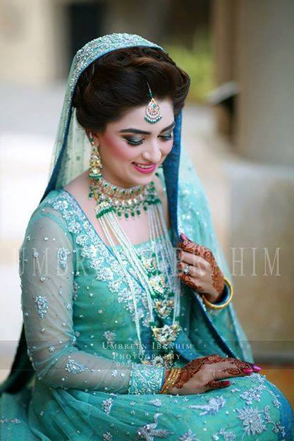 9032c305bb Pakistani Designer Bridal Dresses 2017-2018 Stunning Designs