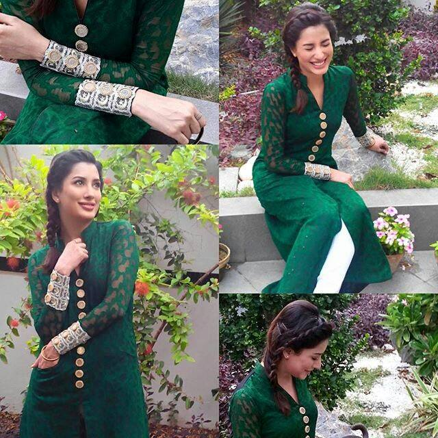 Pakistani-Celebrity-Dresses-Collection-2015-2016 (17)