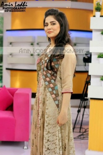 Pakistani-Celebrity-Dresses-Collection-2015-2016 (26)