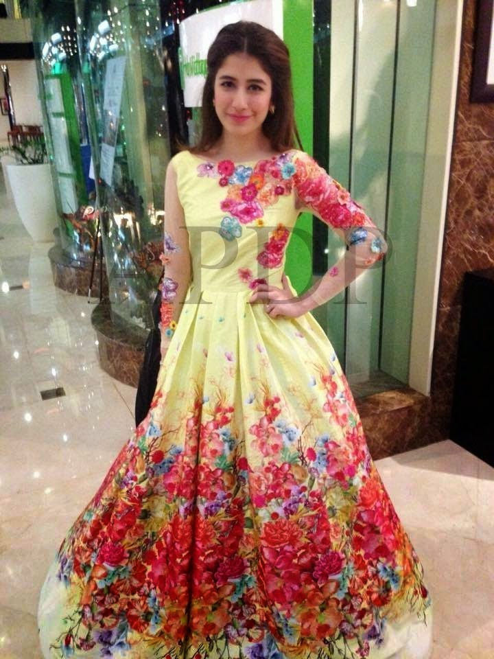 Pakistani-Celebrity-Dresses-Collection-2015-2016 (29)