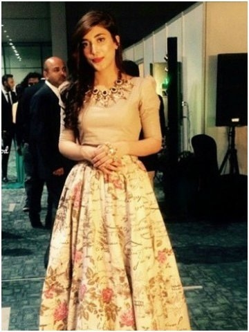 Pakistani-Celebrity-Dresses-Collection-2015-2016 (4)