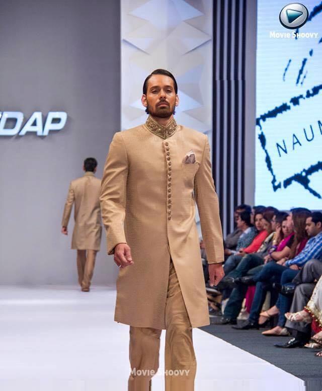 Pakistani-Designer-Grooms-Dresses-Collection (15)