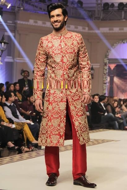 Pakistani-Designer-Grooms-Dresses-Collection (23)