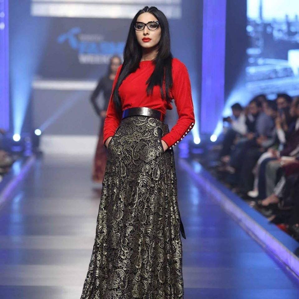 Telenor-Bridal-Couture-Week-2015-2016-All-Collections (13)