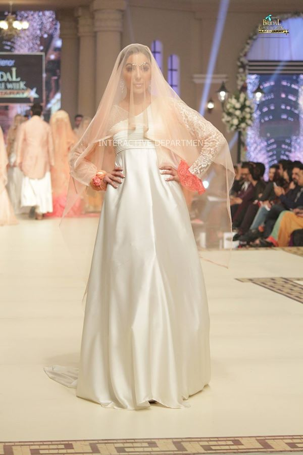 Telenor-Bridal-Couture-Week-2015-2016-All-Collections (15)