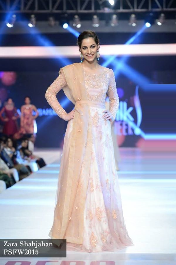 Zara-Shahjahan-Collection-at-PSFW-2015-2016 (1)