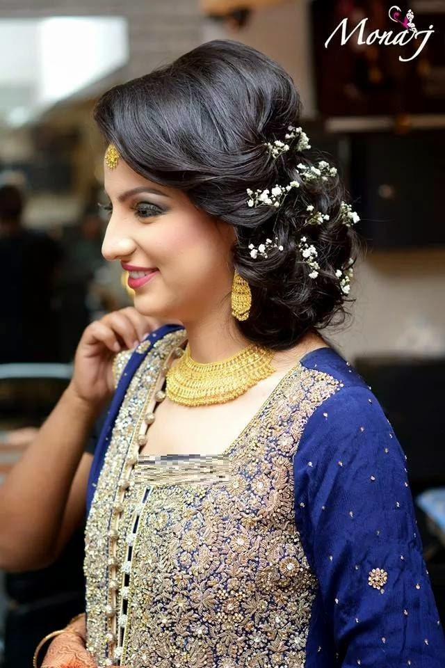 Beautiful-Bun-Hairstyles-for-women (25)