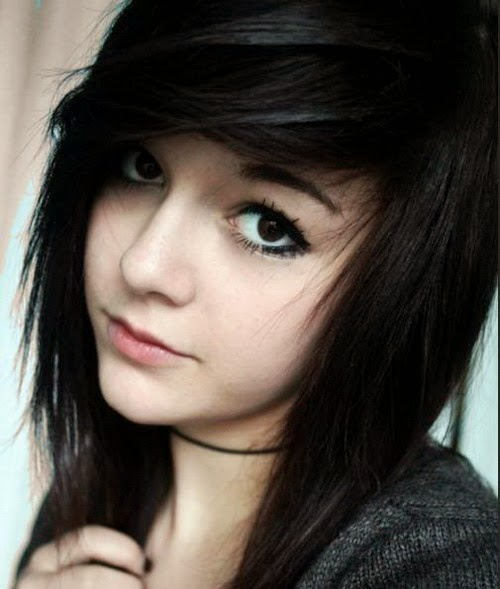Best-Emo-Girl-Hairstyles-For-Gilrs (1)