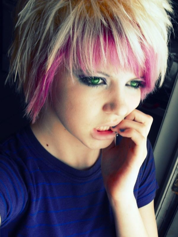 Stupendous Emo Girl Hairstyles For All Length Hair Emo Girl Hairstyle Pictures Short Hairstyles Gunalazisus