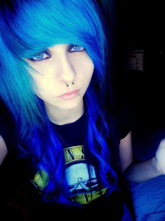 Best-Emo-Girl-Hairstyles-For-Gilrs (5)