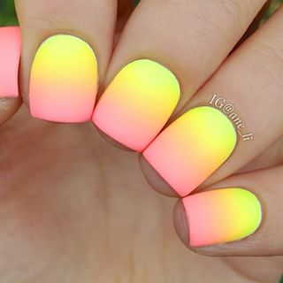Best-Neon-Nail-Art-Designs-and-Colors (4)