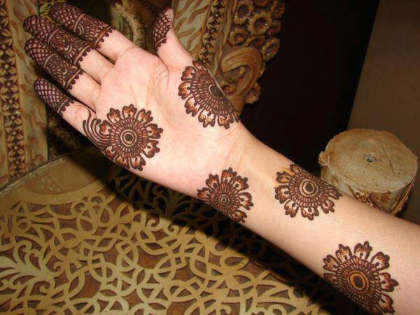 Easy-Mehndi-Design-Tutorials-for-beginners (16)