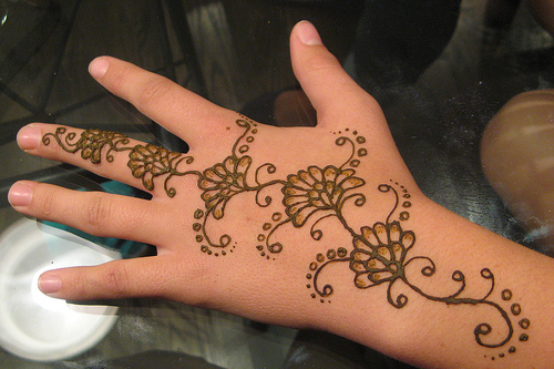Easy-Mehndi-Design-Tutorials-for-beginners (31)
