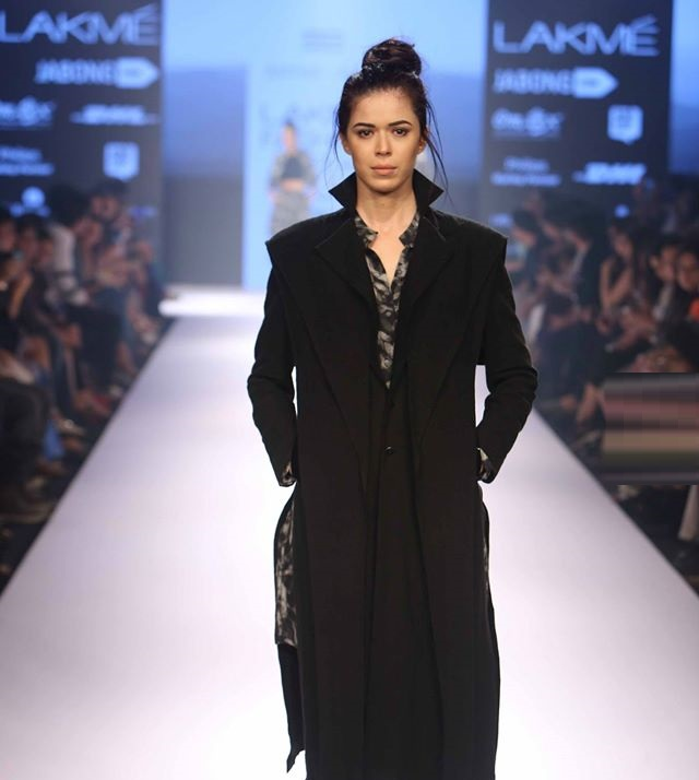 ANTAR-AGNI-KHEM-BY-PREM-KUMAR-AMALRAJSENGUPTA-at-Lakme-Fashion-Week (1)