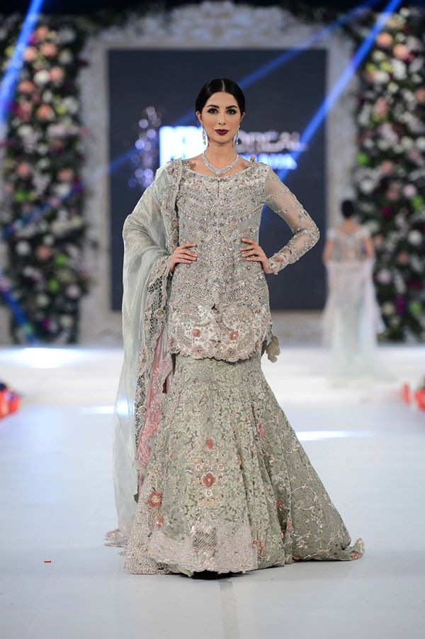 Ammara-Khan-at-PFDC-LOreal-Paris-Bridal-Week-2015-2016 (1)