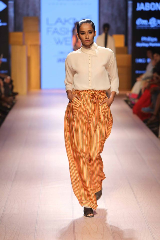 DHL-PRESENTS-ANAND-KABRA-NIKASHA-at-Lakme-Fashion-Week (2)