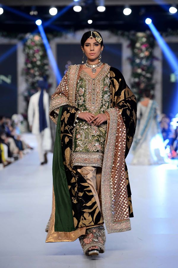 Elan-at-PFDC-LOreal-Paris-Bridal-Week-2015-2016 (2)