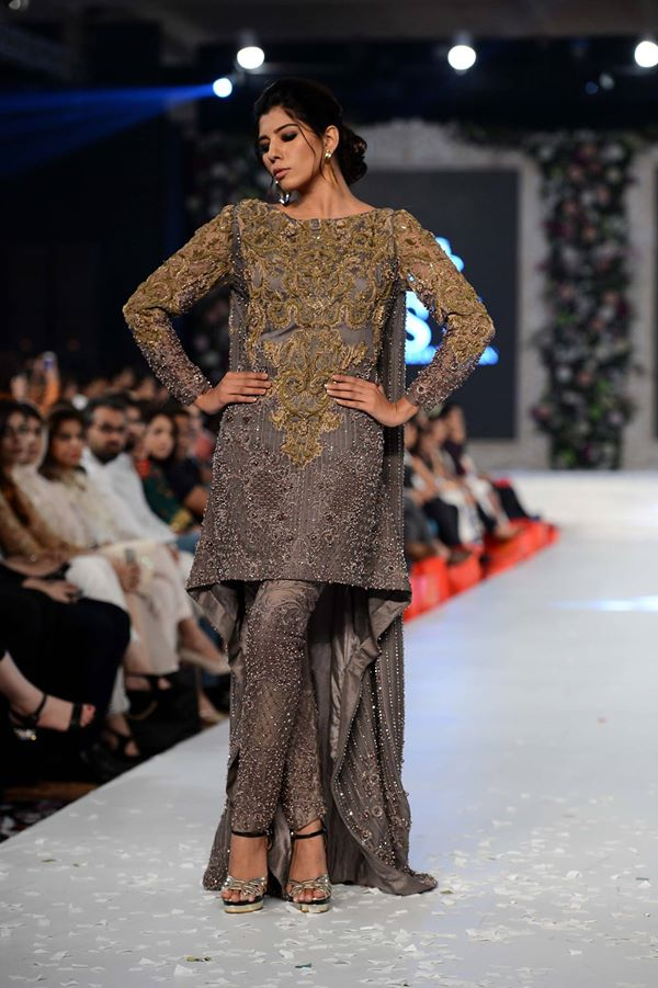 HSY-at-PFDC-LOreal-Paris-Bridal-Week-2015-2016 (1)